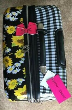 Very Rare Betsey Johnson 30 In Hardside Spinner Suitcase Luggage Sunflowers