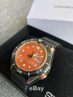 Very Rare Seiko Stargate II SRP495K1 Diver Watch With Beautiful Orange Dial